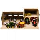 Kids Globe Kuhstall mit Traktorwerkstatt 1:32